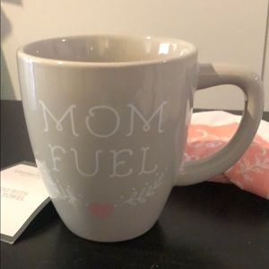 "Threshold Kitchen - Threshold coffee mug w tea towel, ""mom fuel"" gray"